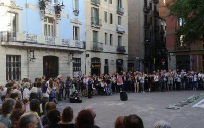 Dilluns, 4 de juny a la plaça de la Vila