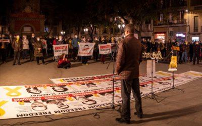 Dilluns, 1 de març a la plaça de la Vila